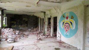 Un hôpital abandonné 8