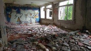 Un hôpital abandonné 6