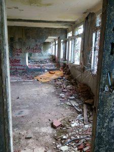 Un hôpital abandonné 1