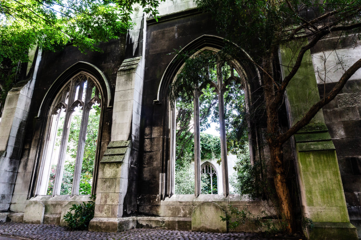 SAINT DUNSTAN IN THE EAST